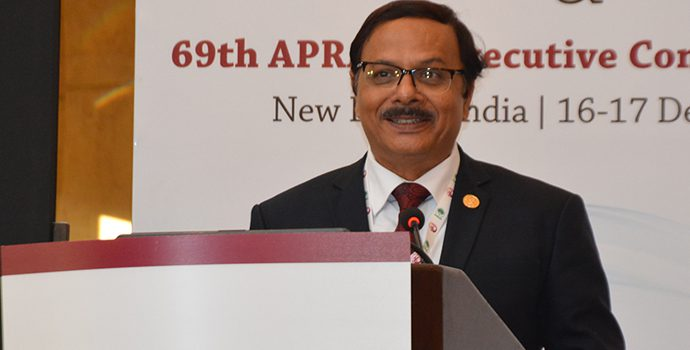 Dr. Prasun Kumar Das, Secretary General, APRACA delivering vote of thanks at the closing session on 17 December 2017.