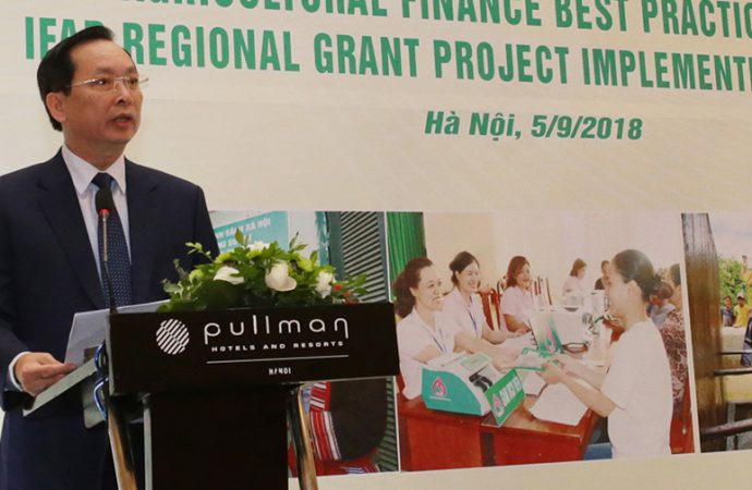 Dr. Dao Minh Tu, Deputy Governor, State Bank of Vietnam delivering the key note address during the dissemination workshop organized jointly by VBSP and APRACA held in Hanoi on 5 September 2018
