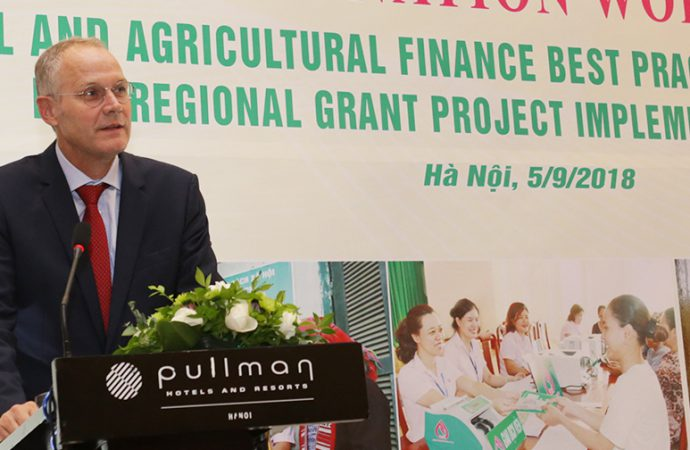 Dr. Thomas Rath, IFAD Country Director for Vietnam speaking during the dissemination workshop organized jointly by VBSP and APRACA held in Hanoi on 5 September 2018