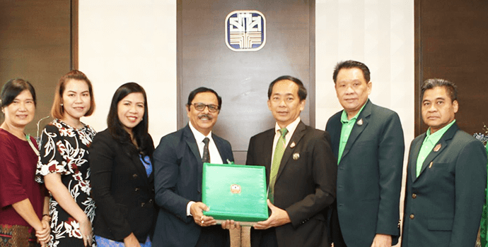 Secretary General and staff members of APRACA calls on Mr. Apirom Sukprasert, President of BAAC and top management team for a courtesy visit on 21 January 2020.